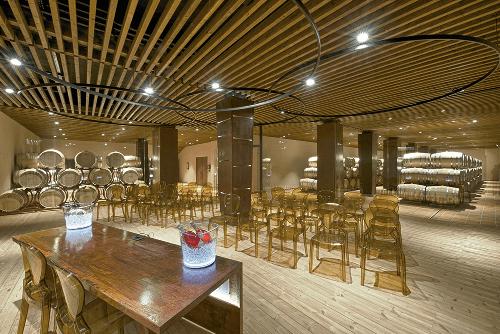 Der Weinkeller von Farnese Vini in Abruzzen