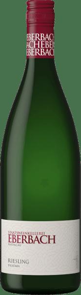 Der Riesling trocken von Eberbach aus dem deutschen Weinanbaugebiet Rheingau erfreut im Glas mit einem zarten Strohgelb. Das frische Bouquet entfaltet wundervolle Zitrusfrüchte, welche die kühle Nase mit pflanzlichen Noten gekonnt umspielt. Am Gaumen präsentiert sich dieser deutsche Weißwein mit einem klaren und feinsaftigen Geschmack nach animierender Kräuterigkeit und präsenter Säure. Dies lässt den Körper schlank wirken und sorgt für das herrlich lebendige, frische Gefühl. Abgerundet wird dieser gut balancierte Weißwein von einer schönen Länge. Speiseempfehlung für den Eberbach Riesling Literflasche Genießen Sie diesen trockenen Weißwein aus Deutschland zu knackigen Salaten, sommerlichen Quiches, feinen Meeresfrüchten und frischen Fischgerichten.