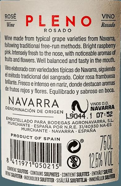 Jasnoróżowy kolor Pleno Rosado marki Bodegas Agronavarra przypomina świeże truskawki, które charakteryzują się również świeżym owocowo, przyjemnie pachnącym bukietem. Ponadto dostrzec można aromaty malin i kwiatów bzu, dopracowane delikatnymi pikantnymi niuansami balsamu i mięty. Na podniebieniu to nieskomplikowane różowe imponuje dużą ilością soczystych owoców i świeżości, a także zwartą strukturą kwasowości i subtelnymi garbnikami. Winifikacja Pleno Rosado Mechanicznie i ręcznie zbierane winogrona Garnacha są mielone i poddawane fermentacji kontrolowanej temperaturze w zbiorniku ze stali nierdzewnej. Następnie wino jest rafinowane przez kilka miesięcy w zbiorniku i w końcu napełniane do butelki. Zalecenia żywieniowe dla Agronavarra Pleno Rosado Polecamy to wspaniałe Garnacha Rosé z Navarre w północnej Hiszpanii z sałatkami, pizzą, makaronem z ciemnymi sosami, daniami z grilla i rybami.