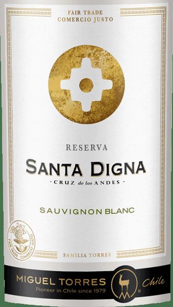 Santa Digna Sauvignon Blanc Reserva od Miguel Torres Chile jest odmianowo czystym, świeżym białym winem z chilijskiego regionu upraw Valle Central. W kieliszku, to wino pojawia się wblado-żółty kolor błyszczący z zielonkawymi refleksami Niezwykle świeży bukiet posiada czarne porzeczki, liście porzeczki i kwiaty cassis, jak również mango, cytrusy i aromaty limonki, zielony agrest i drobne zioła gotowy. Na podniebieniu to chilijskie białe wino ujawnia wspaniałą równowagę pomiędzy żywą kwasowością, soczystym owocem i aromatyczną świeżością. Elegancki finisz ujawnia mnóstwo świeżych owoców czarnej porzeczki. W Chile krzyże przydrożne, które wyznaczały przejście z obszarów miejskich na wiejskie, nosiły nazwę Santa Digna. Działały one jako rodzaj kamienia granicznego, symbolizując wzrost i dobrobyt oraz obiecując ochronę wszystkim, którzy przenosili się z jednego obszaru na drugi. Zalecenia żywieniowe dla Santa Digna Sauvignon Blanc Reserva Delektuj się tym wytrawnym białym winem z Chile do wszelkiego rodzaju dań kuchni azjatyckiej, a także do pieczonych ryb i frykasów z kurczaka. Ale również dobrze schłodzone jako aperitif to wino jest przyjemnością.