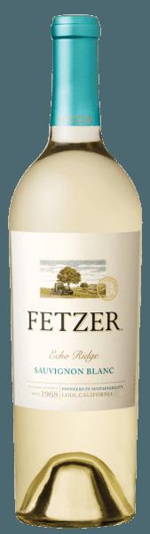 Echo Ridge Sauvignon Blanc firmy Weingut Fetzer odkrywa odmianowe aromaty świeżo ściętej trawy, melona, moreli, a także tropikalnych owoców, takich jak mango i owoce męczennicy. Owocowym bukietom towarzyszą subtelne nuty kwiatowe. Ciało tego kalifornijskiego Sauvignon Blanc jest doskonale wyważone, z harmonijną kwasowością i owocowym wykończeniem. Zalecenia żywieniowe dla Echo Ridge Sauvignon Blanc Smacznego białego wina z rybami i owocami morza, drobiem lub cielęciną.