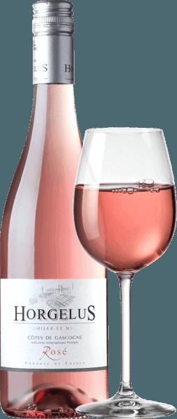 Rosé Cotes de Gascogne IGP Domaine Horgelus błyszczy w błyszczącym łososiowym różu. To wino z południowo-zachodniej Francji to piękny cuvée 35% Merlot, 35% Tannat i 30% Cabernet Sauvignon. Nos odsłania intensywny i bogaty bukiet z aromatami truskawek leśnych, owoców cytrusowych i soczystych czarnych porzeczek. Te delikatne i uwodzicielskie aromaty odbijają się na podniebieniu, są smaczne i miękkie. Uprawa i winifikacja Rosé Côtes de Gascogne przez Domaine Horgelus Na słonecznych zboczach Gascogne, w sercu południowo-zachodniej Francji, rosną winorośle winorośli Domaine Horgelus z rodziny Le Menn. Z Yoan, to już piąte pokolenie produkować wina, nowe wina są tworzone co roku, nowe cuvées, które kontynuują ducha domeny: przyjemne wina, nieskomplikowane i łatwo dostępne dla wielu ludzi i na każdą okazję. Tajemnicą win Yoan Le Menn jest zachowanie owocowych aromatów i świeżości jego win. Z tego powodu zbiory odbywają się od 3 rano do wczesnego ranka, aby w pełni wykorzystać chłodne godziny poranne. Fermentacja alkoholowa w kontrolowanych temperaturach odbywa się natychmiast po delikatnym prasowaniu w zbiornikach ze stali nierdzewnej. Butelkowane wina zaskakują bogatymi bukietami i owocowym smakiem. Zalecenia żywieniowe dla Rosé Côtes de Gascogne Domaine Horgelus To łagodne, delikatnie pachnące różowe z Domaine Horgelus to nieskomplikowane wino na każdą okazję, wspaniale pasuje do tapas, grillowanych ryb i mięsa, na letni wieczór z przyjaciółmi, w cieniu drzew, w tle ćwierkanie cykad...